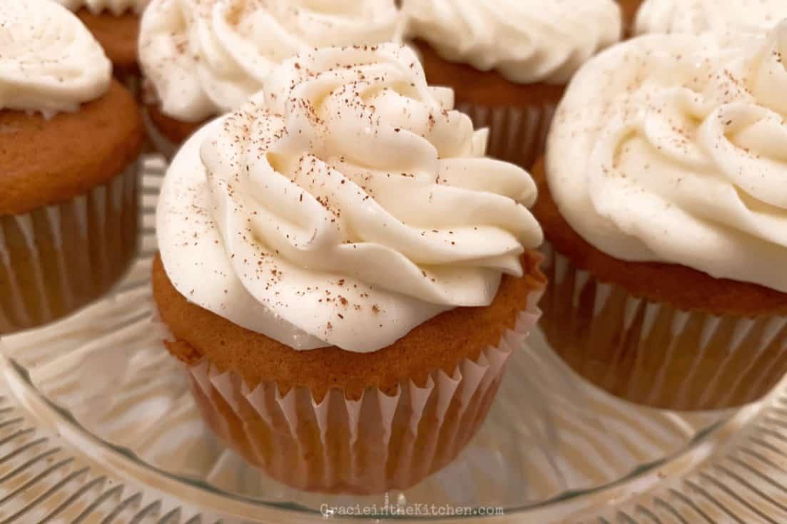 Pumpkin White Chocolate Chip Cupcakes