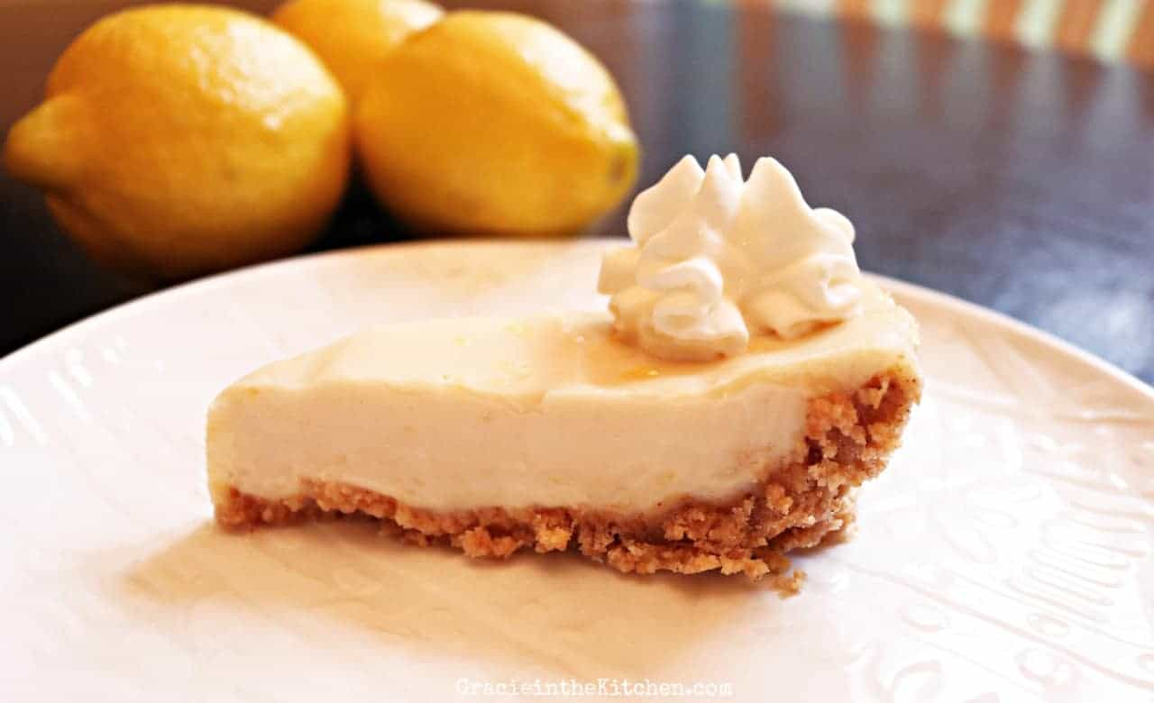 Easy and Delicious Lemon Pie