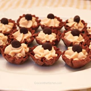 Whipped Peanut Butter Cream Cheese Cups are so easy and delicious!